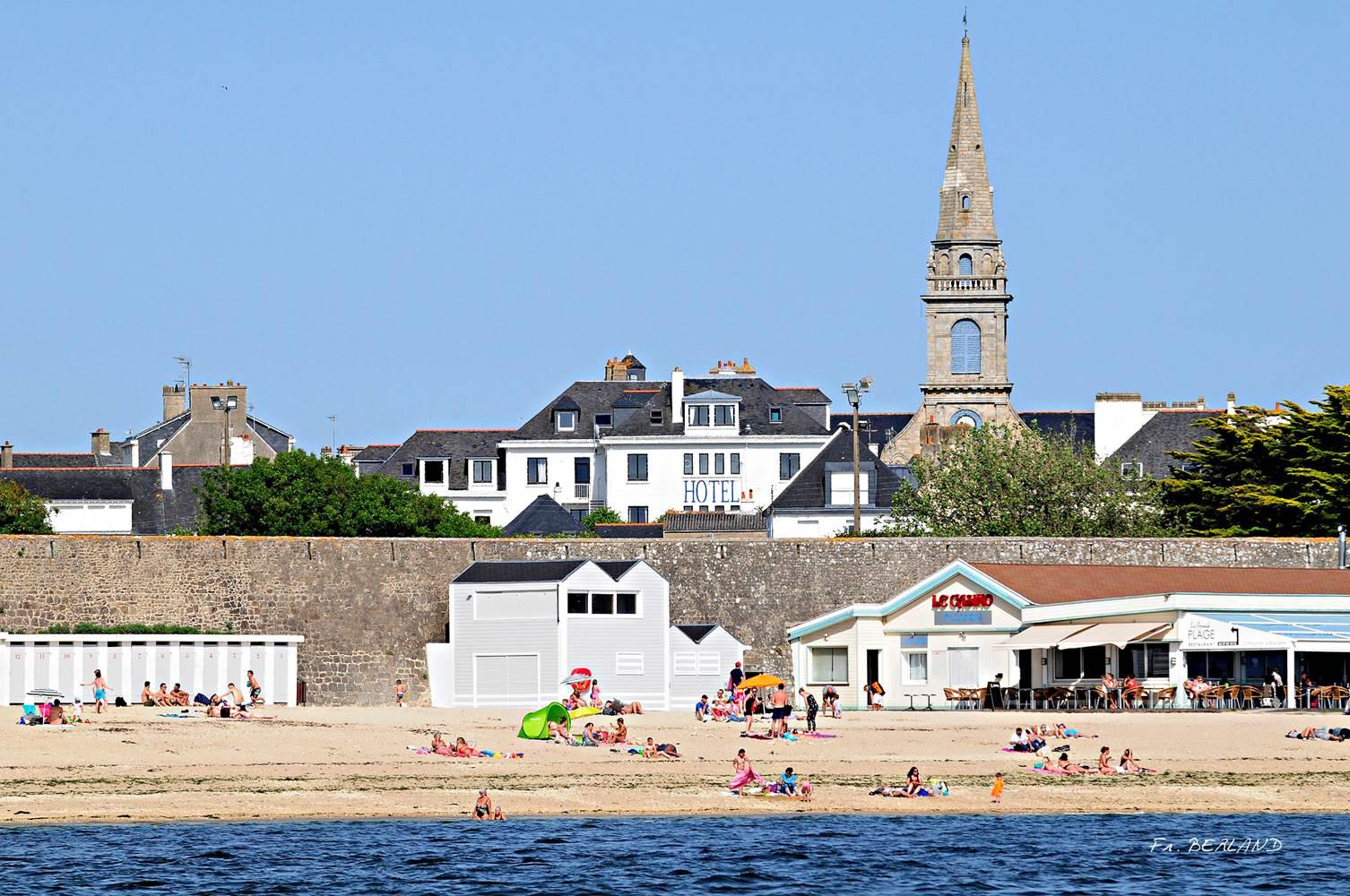 Hotel de la Citadelle - Bretagne sud - Lorient - Port Louis - Hotel vue de la plage ©