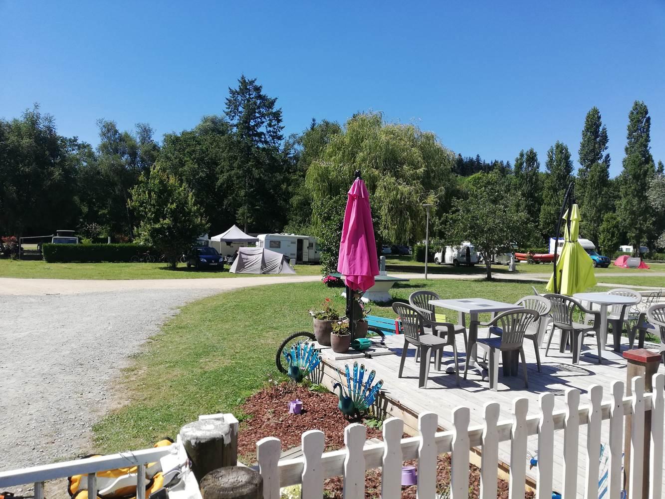 Terrasse camping ©