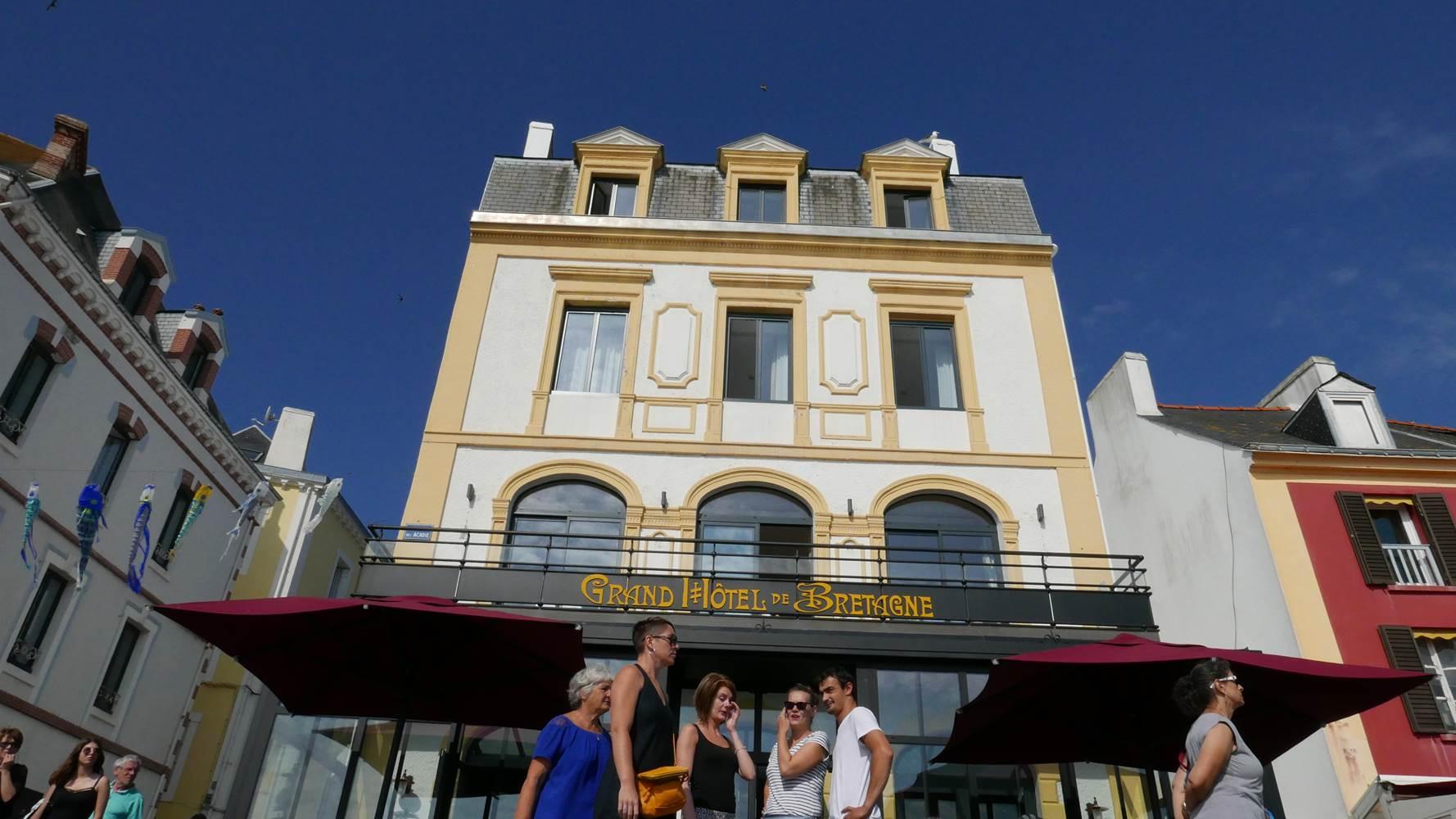 port-le-palais-hotel-de-bretagne-facade-exerieure (2) ©