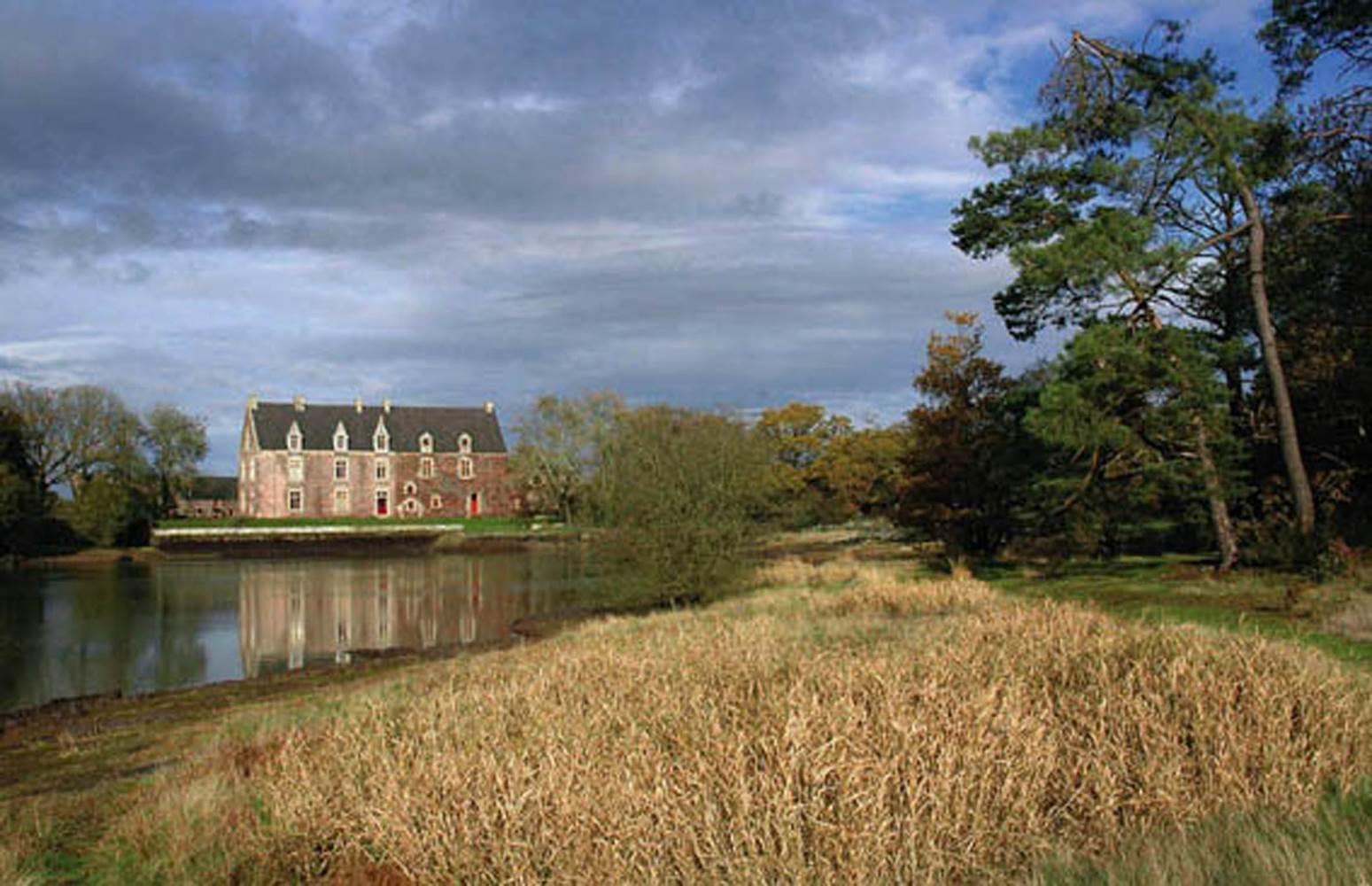 Château de Comper © Centre Imaginaire Arthurien
