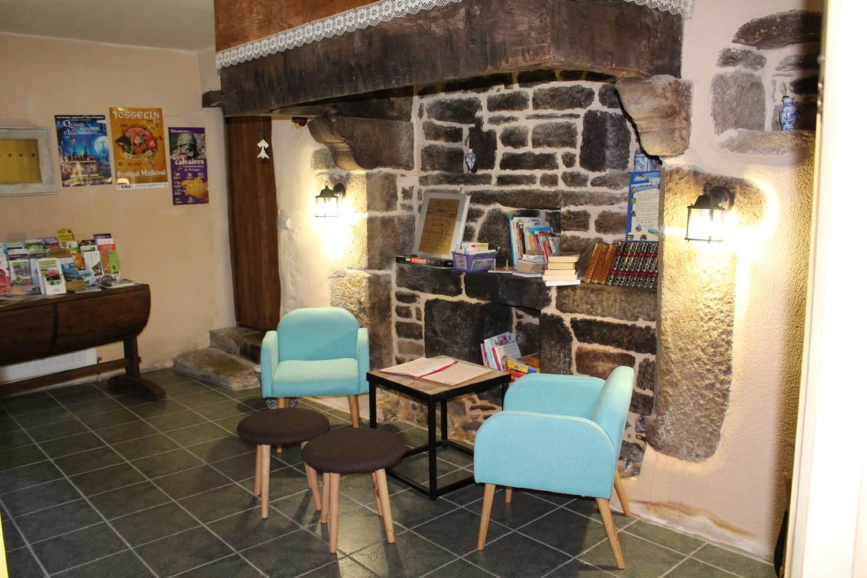 Le salon des hôtes - Informations touristiques et lecture ©
