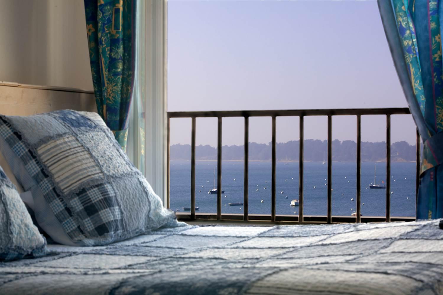 hôtel du parc fétan à Larmor-Baden, chambre vue sur mer ©