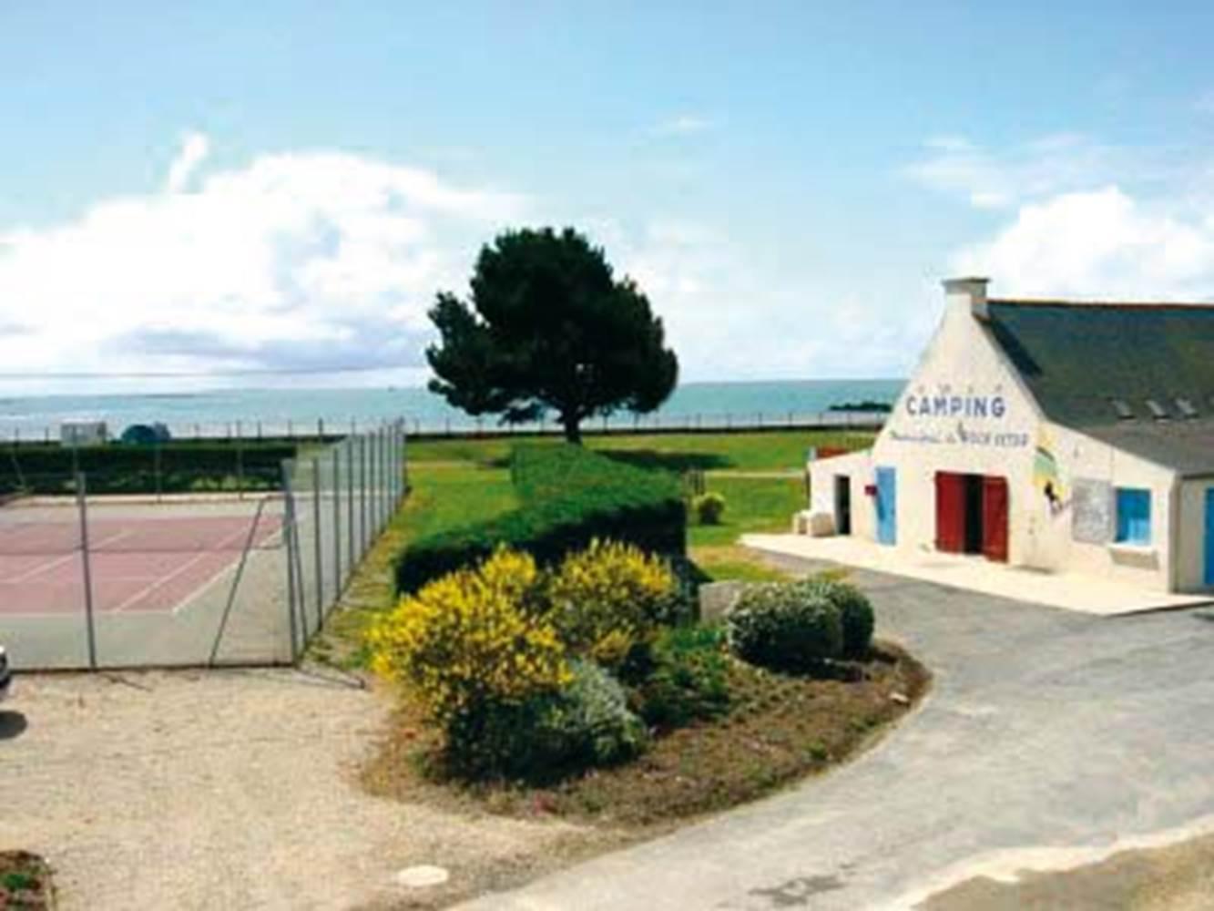 Camping-Municipal-Le-Roch-Vetur-Le-Tour-du-Parc-Presqu'île-de-Rhuys-Golfe-du-Morbihan-Bretagne sud © Mairie Le Tour du Parc