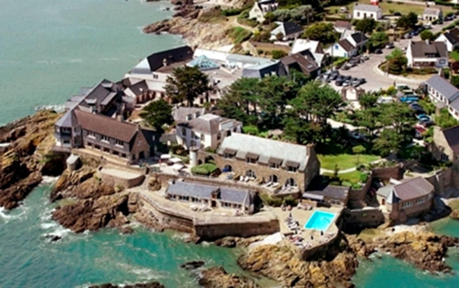 Hotel Domaine de Rochevilaine-vue mer-Billiers-Tourisme Arc Sud Bretagne ©