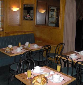 Hotel-Les-Voyageurs-Sallepetitdéj-Plouharnel-Morbihan-Bretagne-Sud