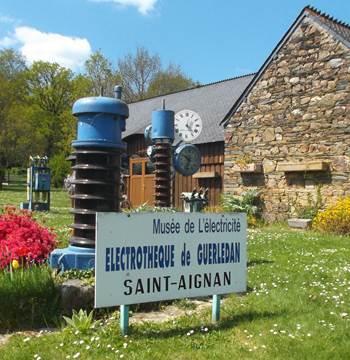 Electrothèque du lac de Guerlédan-St Aignan-Morbihan Bretagne Sud