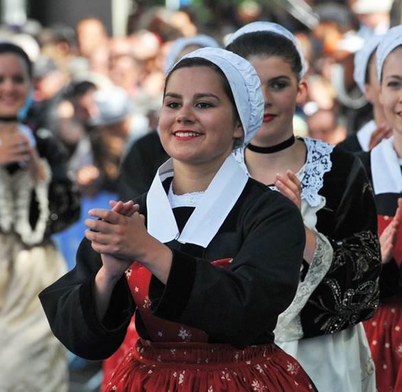 Toute la culture bretonne se réunit à Lorient